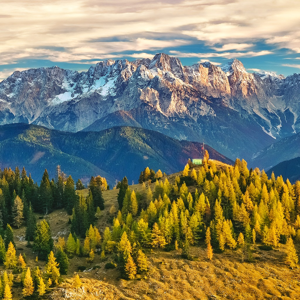 Beautiful Mountains View HiQ Theme